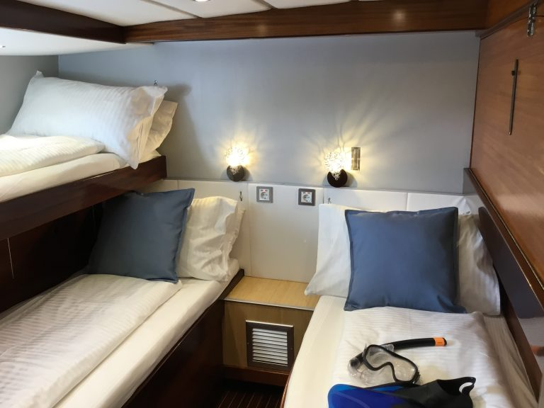 Twin cabin with 3 bunk beds